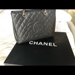 dd5a49a26723b3 Women Chanel Bags Saks Prices on Poshmark